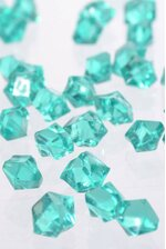 SMALL ACRYLIC CUBE EMERALD GREEN PKG/1LB