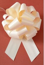 PERFECT BOW PULL RIBBON PKG/10 IVORY