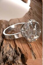 6CM DIAMOND CRYSTAL RING