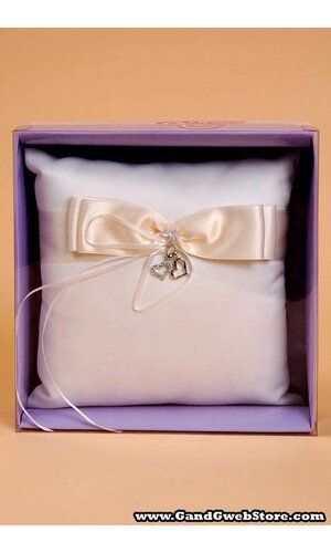 RING PILLOW W/HANGING HEART IVORY